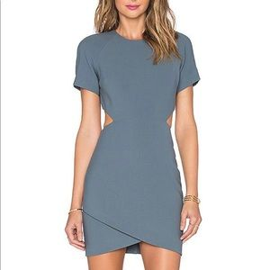 Cut out dress with sleeves